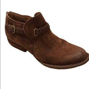 BORN WOMEN'S ANKLE BOOTS DISTRESSED SUEDE. S: 8.5
